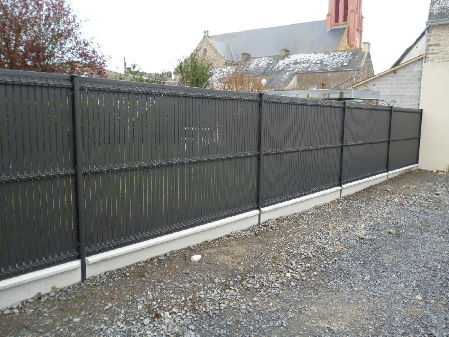 les clôtures, panneaux , grillagée, béton, lattes d'occultation